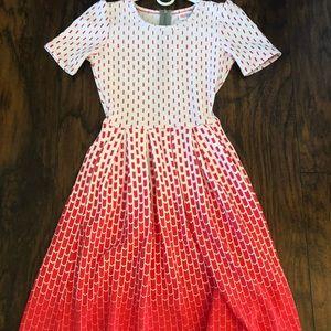 Pretty XXS Amelia-LulaRoe Red/White Ombré